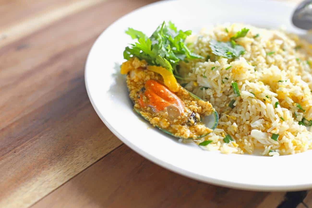 Arroz cremoso con verduras y mejillones