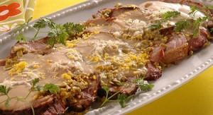 bistec con salsa de atun
