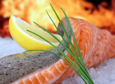 salmon-a-la-crema-de-naranja