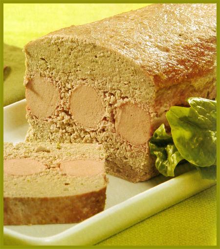 moldeado-de-carne-y-salchichas