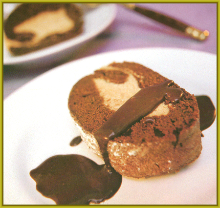 rollo de chocolate salseado