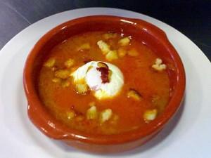 sopa de ajo madrileña