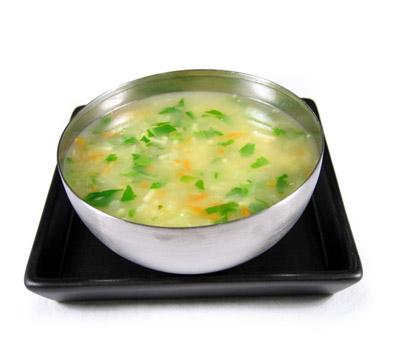 sopa de pollo con tomate