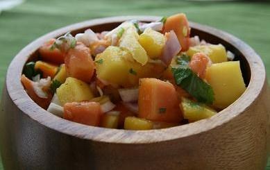 ensalada de mango y papaya