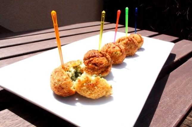Croquetas de queso, espinacas y pesacado
