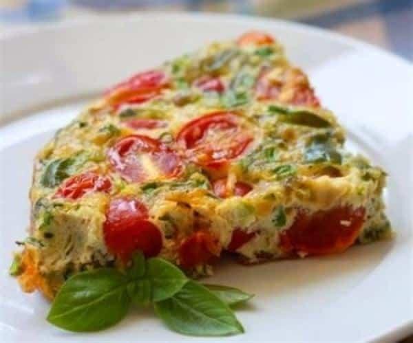 Tortilla de tomate y cebolla