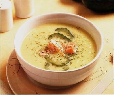 sopa de pepino con salmon