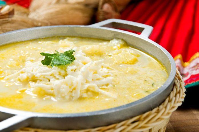 sopa de queso y legumbres