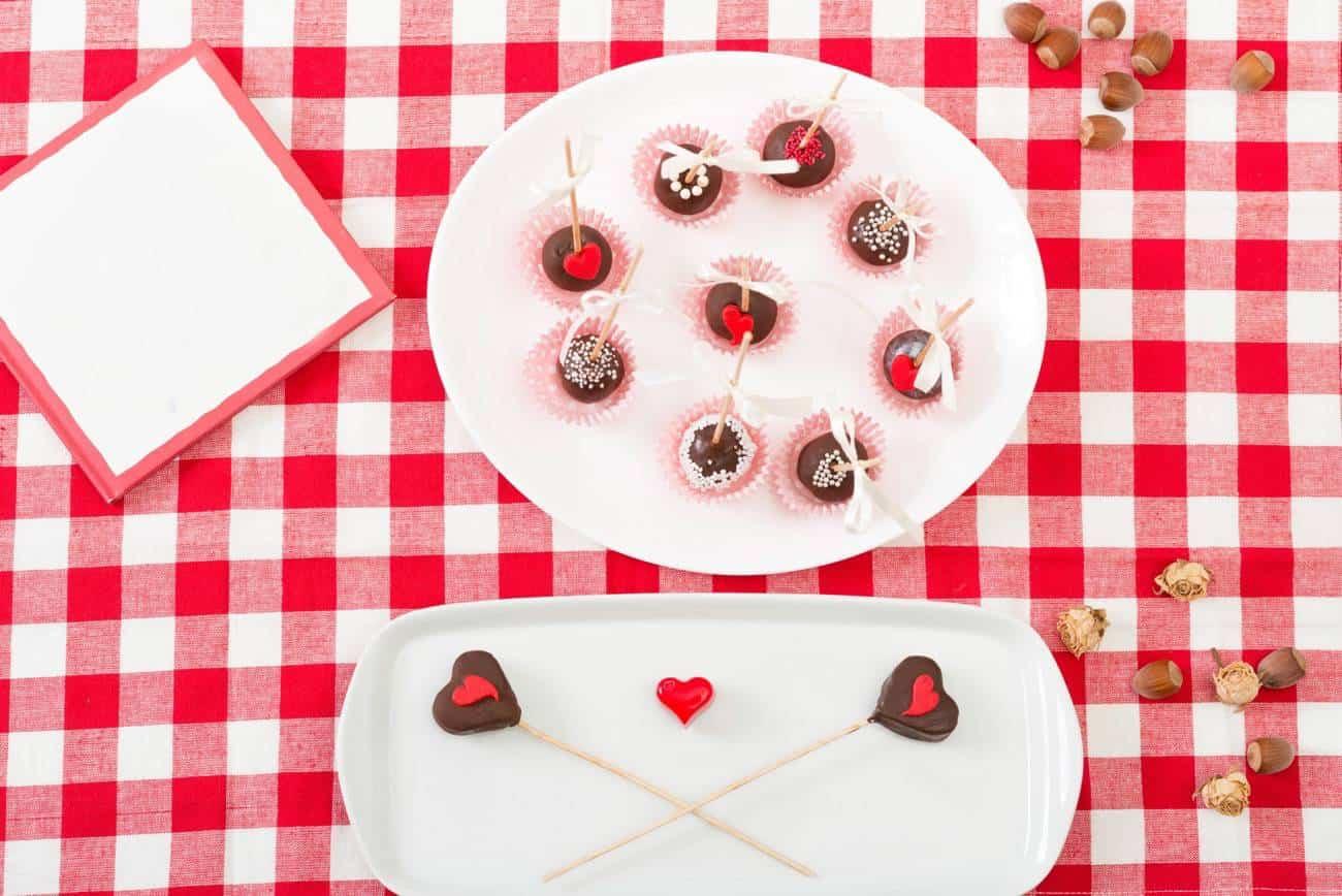 Cake Pops para San Valentin - chocolate negro