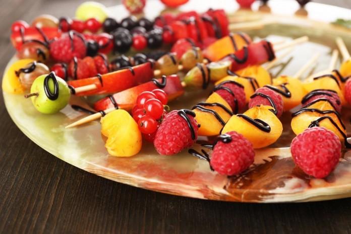brochetas de fruta para este verano1