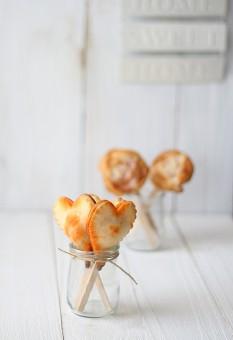 http://www.pequerecetas.com/receta/aperitivos-piruleta/