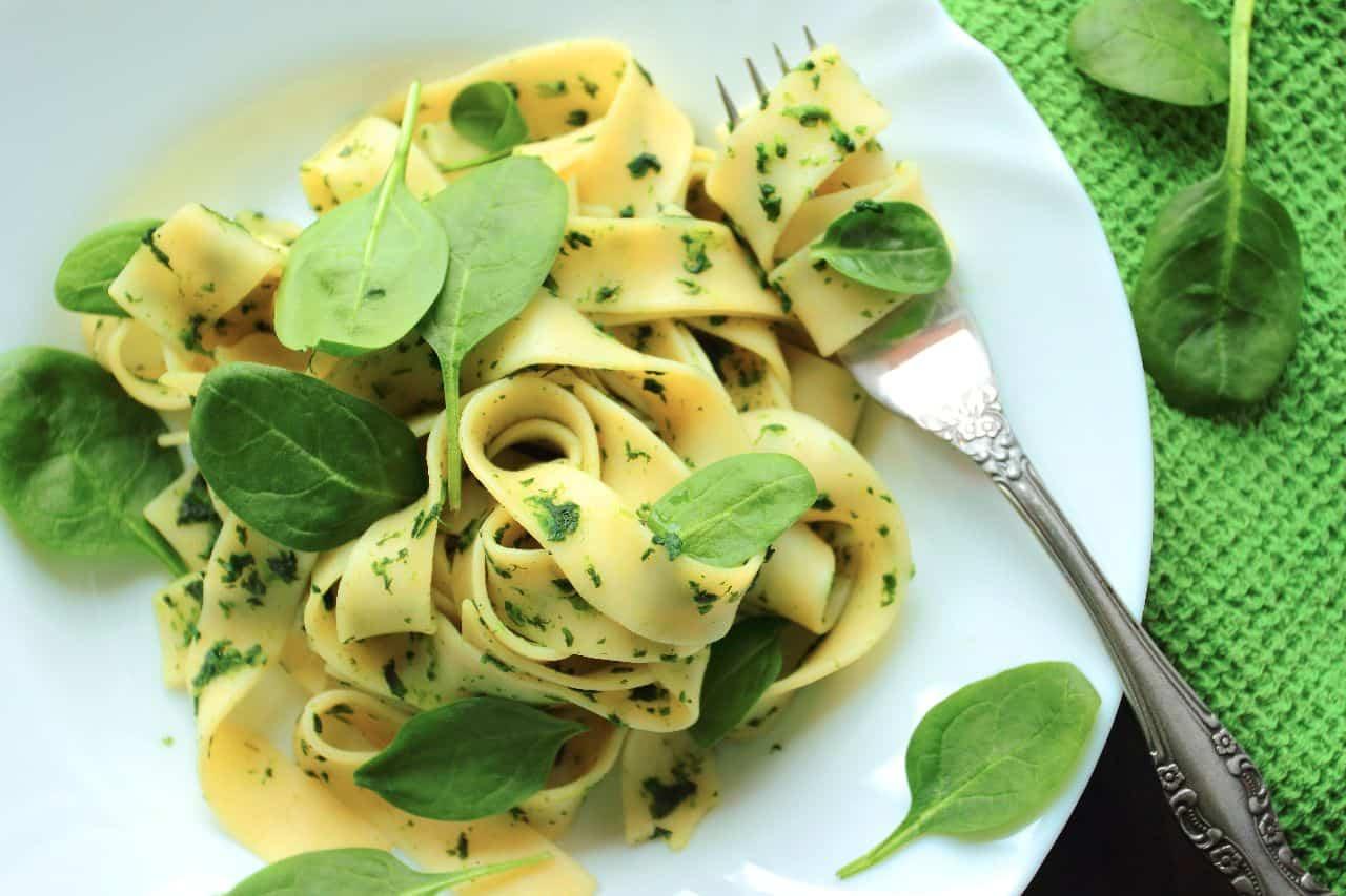Cómo preparar una salsa vegetariana para la pasta