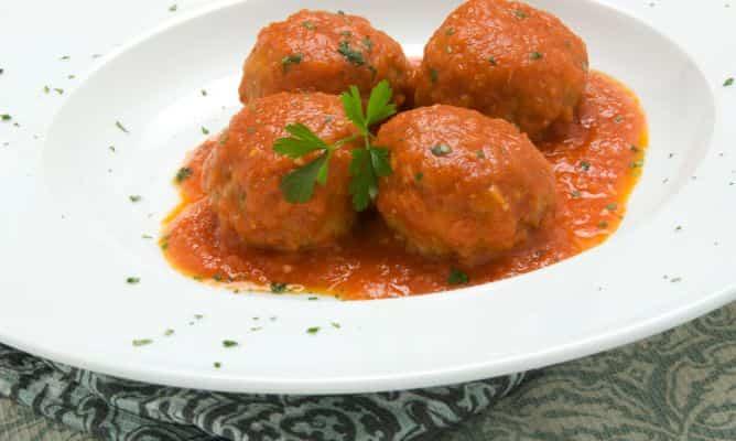 254 albondigas en salsa de tomate 4869