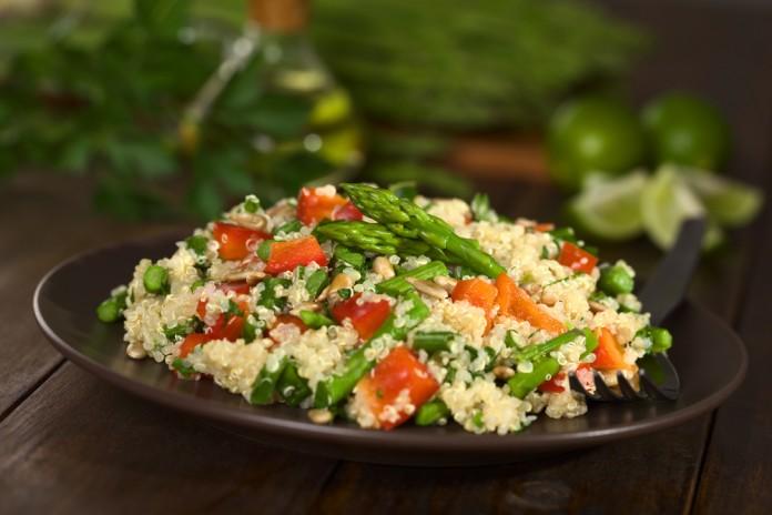 quinoa con espárragos
