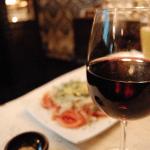 vino tinto para la cena romántica