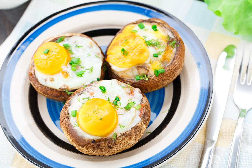 champiñon huevo