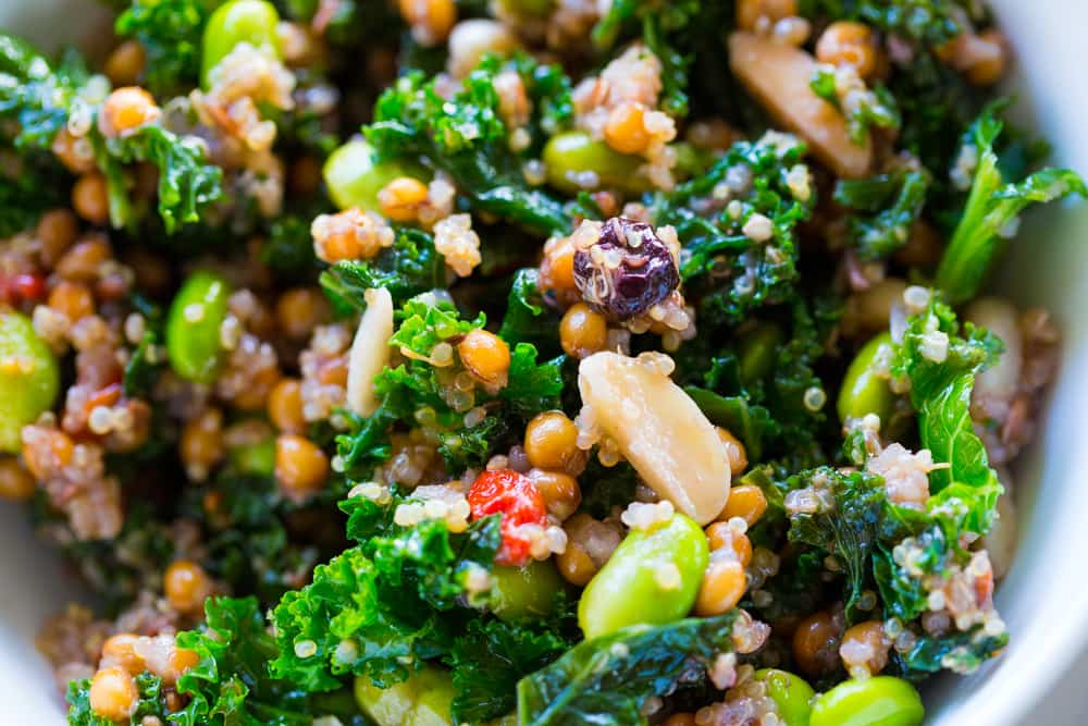 quinoa con col rizada