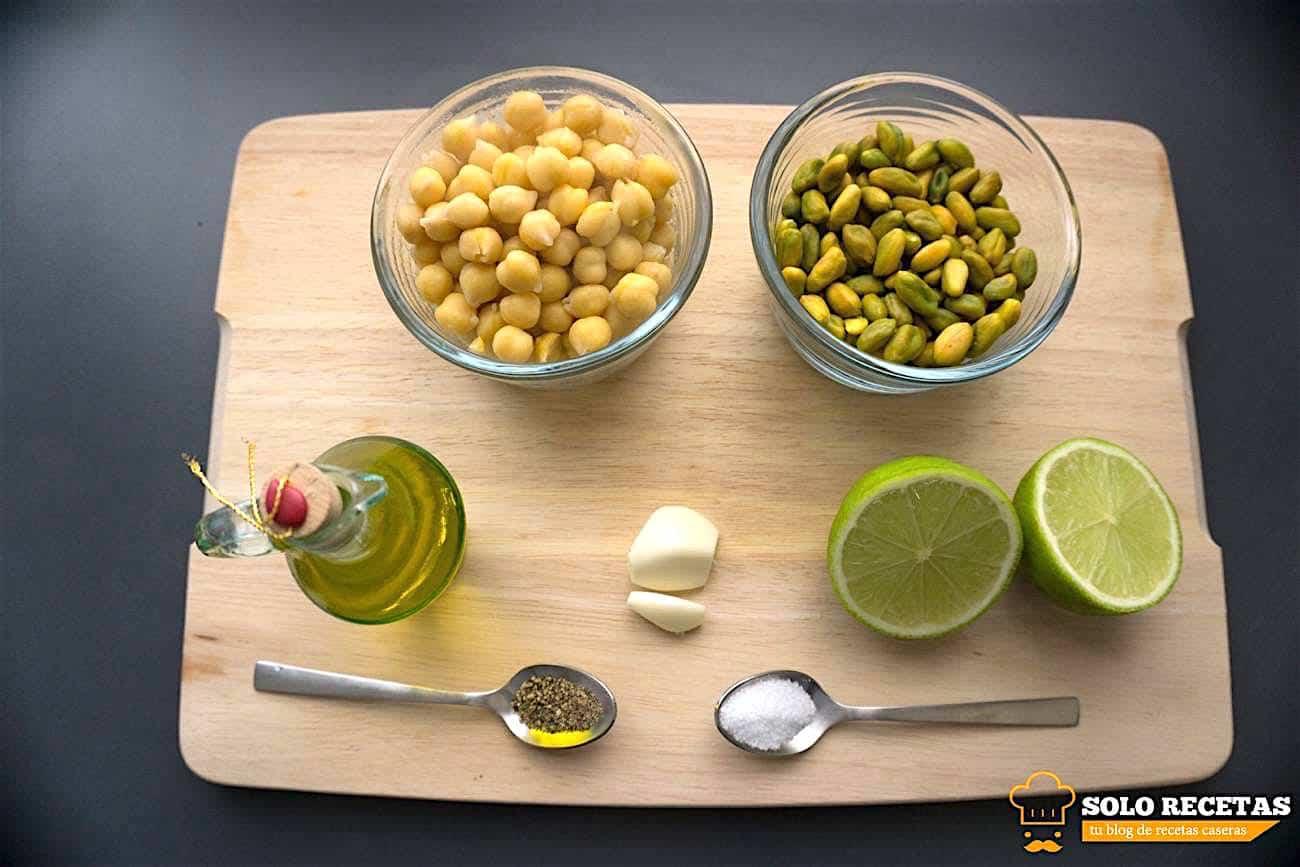 solomillo a la sal con hummus de pistacho 13