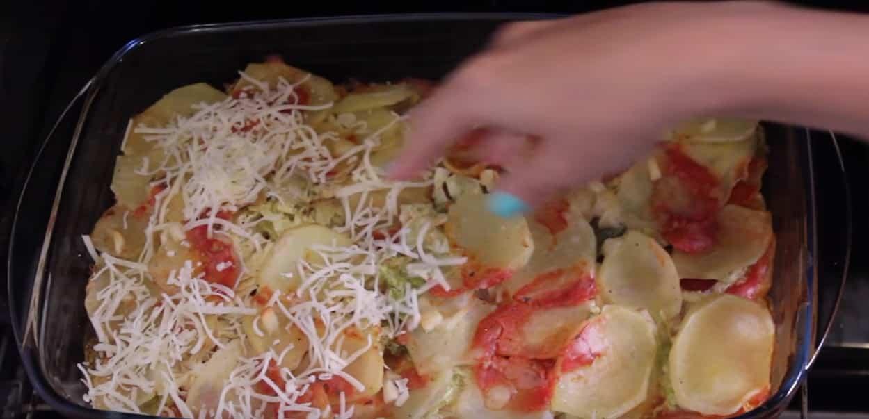 patatas al horno con repollo echar queso rallado