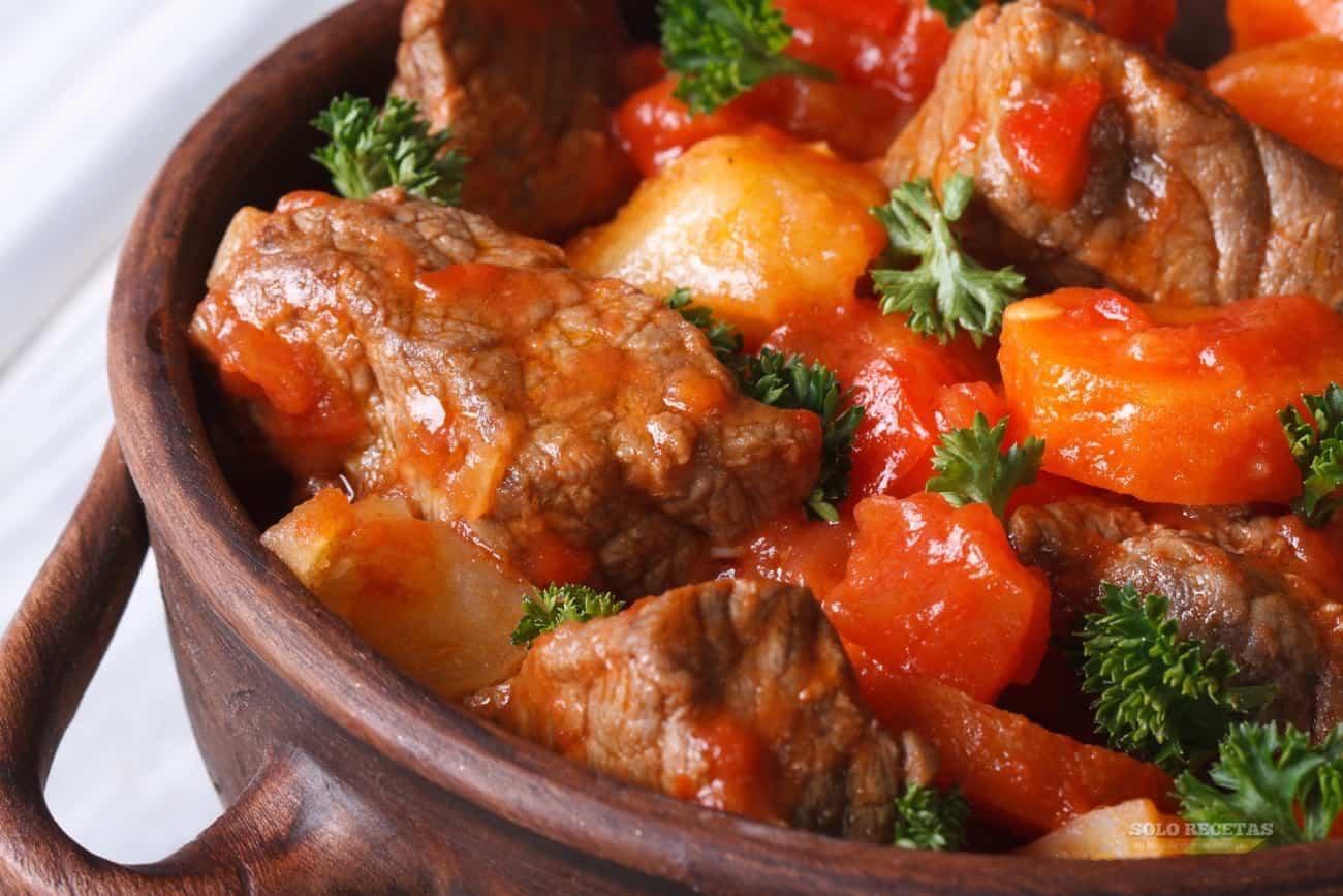 Cazuela de ternera en salsa